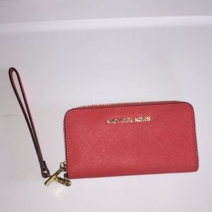 Michael Kors wristlet Wallet New